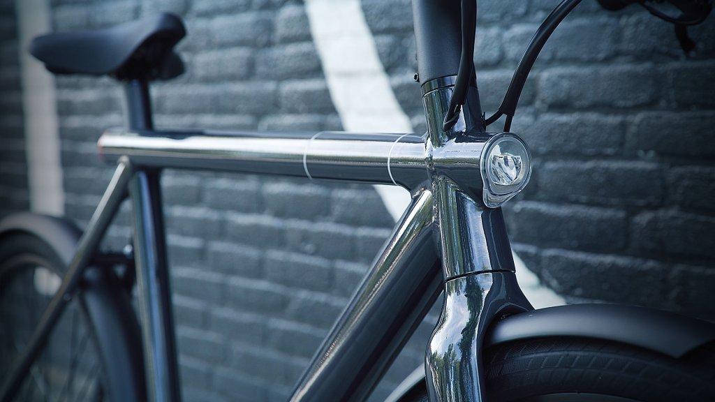 eerste indruk nieuwe e bike vanmoof schop je op slot bright. Black Bedroom Furniture Sets. Home Design Ideas