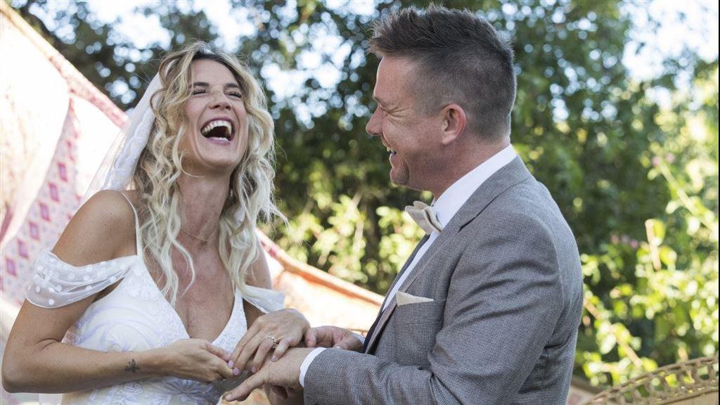 USA bruiden dating Metal Dating Canada