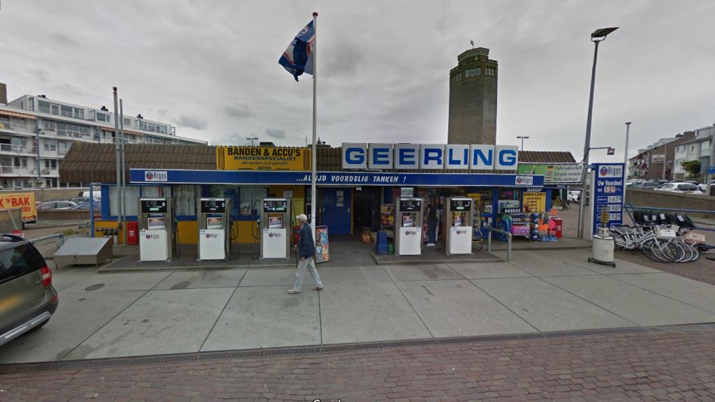 Tankstation Geerling was een bekende pomp in Zandvoort.