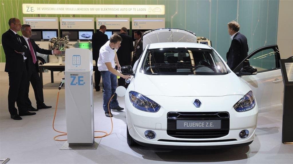 Snel Belastingvoordeel Elektrisch Rijden Op Termijn Onhoudbaar Rtlz