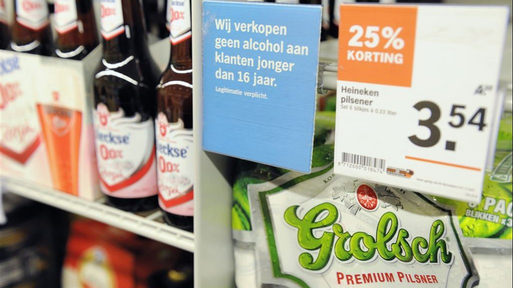 Grote kortingen op drank zijn straks verboden.