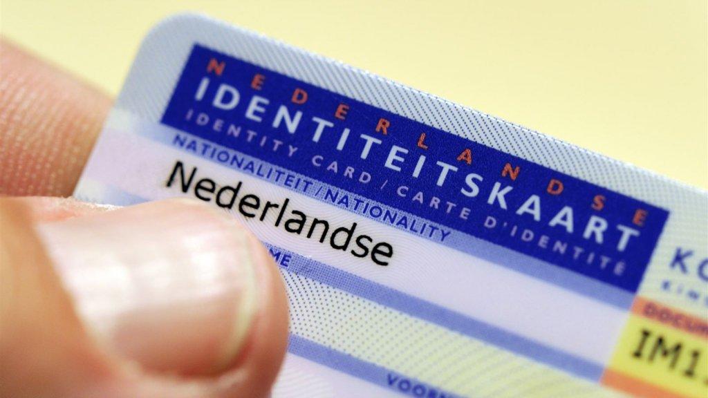 is een id kaart verplicht Vingerafdrukken toch weer verplicht op ID kaart | RTL Nieuws