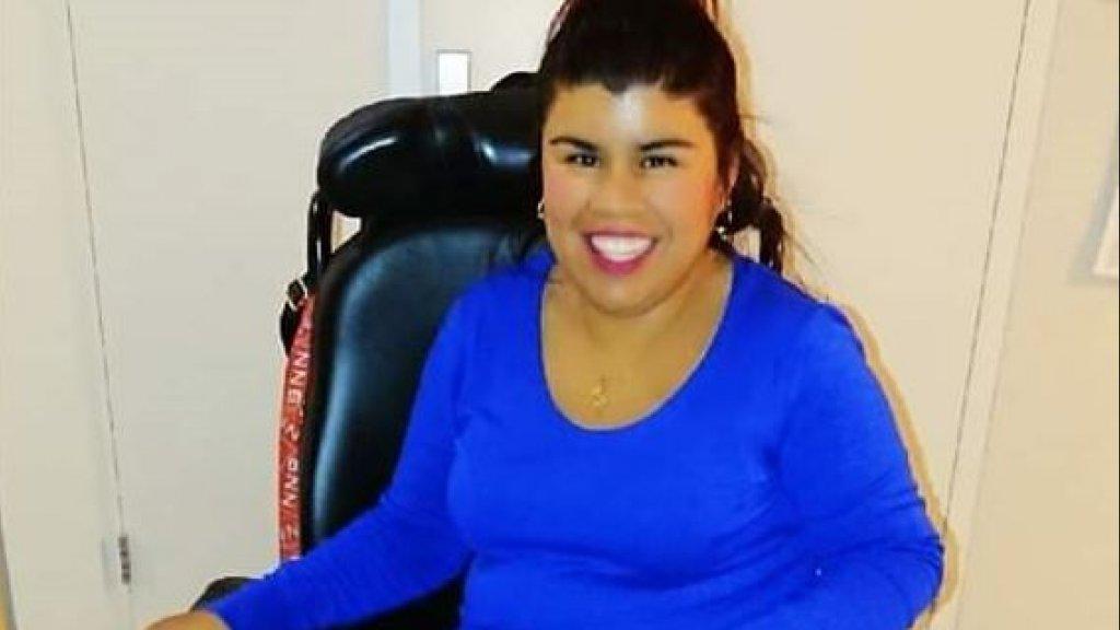Karina in haar rolstoel
