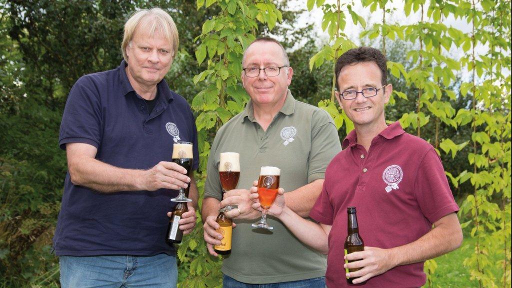 De brouwers van Hommeles: Kees Volkers,  Jos Eberson en Jan Ausems (van links naar rechts).