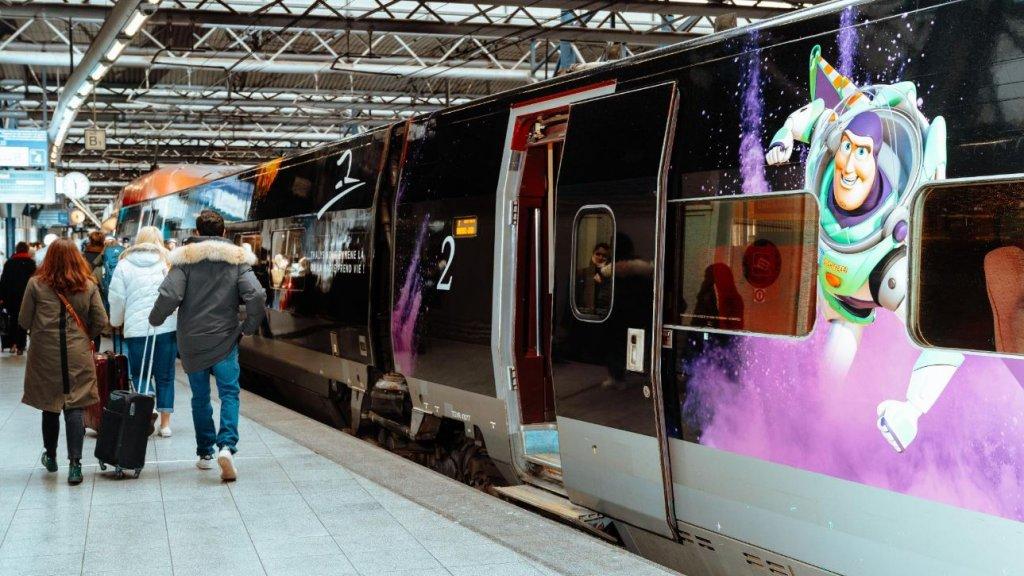 Nieuwe verbinding Rotterdam- Parijs gevierd met speciale Disneytrein