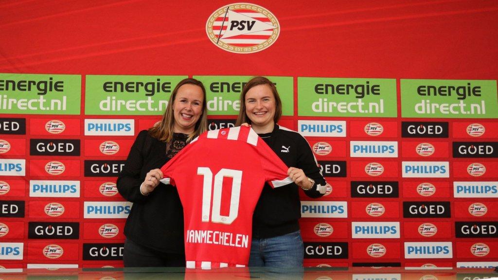 Leoni Blokhuis (L) en Davinia Vanmechelen (R) tijdens de presentatie bij PSV