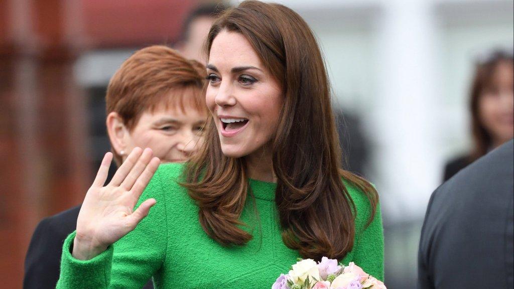 Kate Middleton in de groene jurk van Eponine.