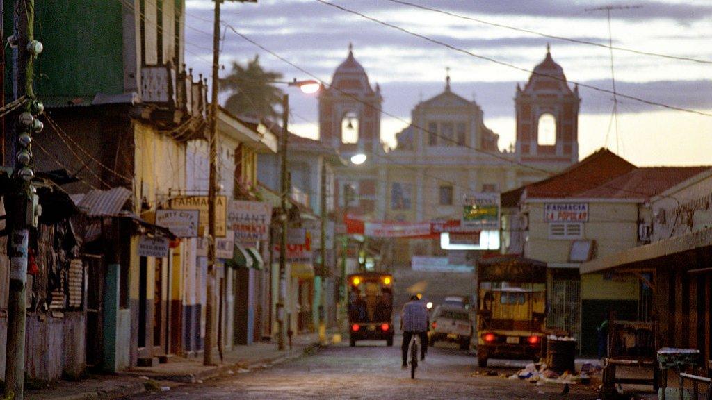 Het toerisme in Leon, in het noorden van Nicaragua, was voornamelijk afhankelijk van 'vulcano boarden', het sleeën van een vulkaan