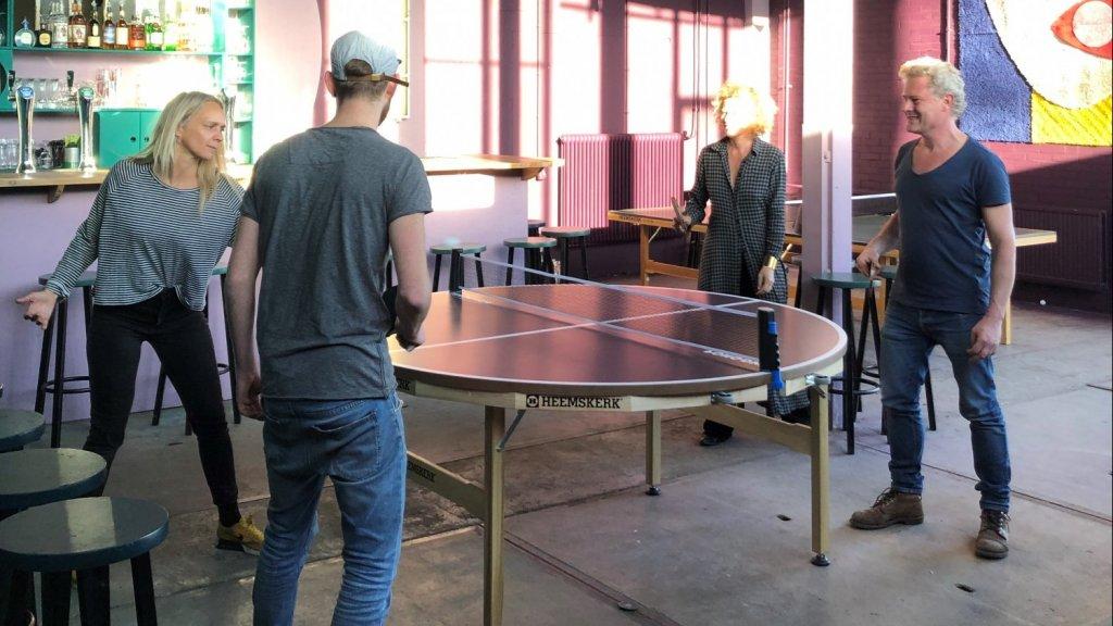 Er is ook een ronde tafel bij de Ping Pong Club in Utrecht.