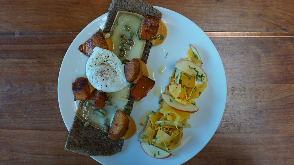 Lunch in Café Linnea