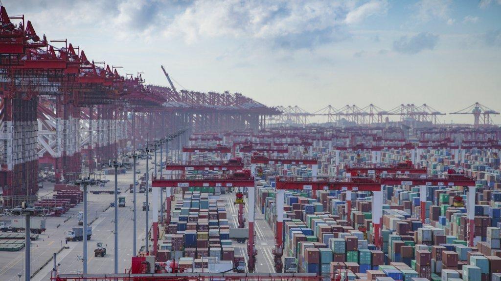 De haven van Sjanghai