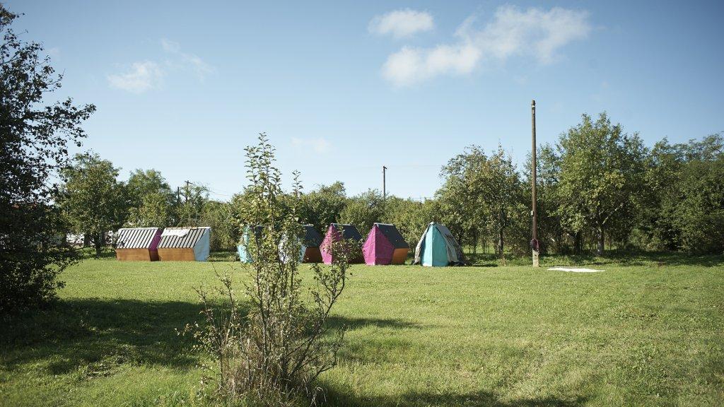 Het kampeerterrein van The Great Yonder.