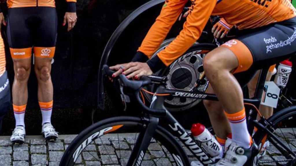 1 op de 6 wielrensters heeft last van heftige zadelpijn.