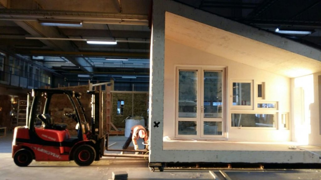 Het Wikihouse in aanbouw