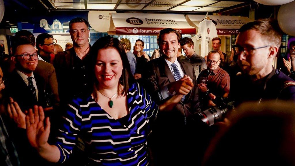 Annabel Nanninga tijdens de uitslagenavond van de gemeenteraadsverkiezingen.