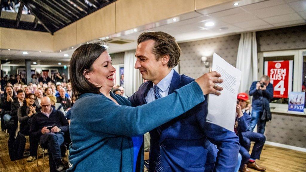Annabel Nanninga met partijleider Thierry Baudet