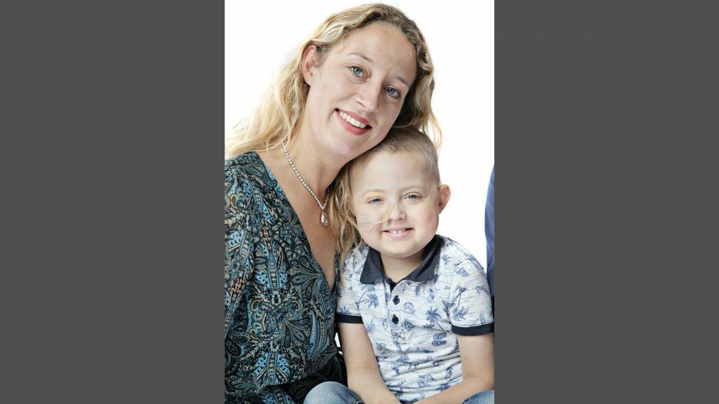 Maaike en haar zoontje Thijs.
