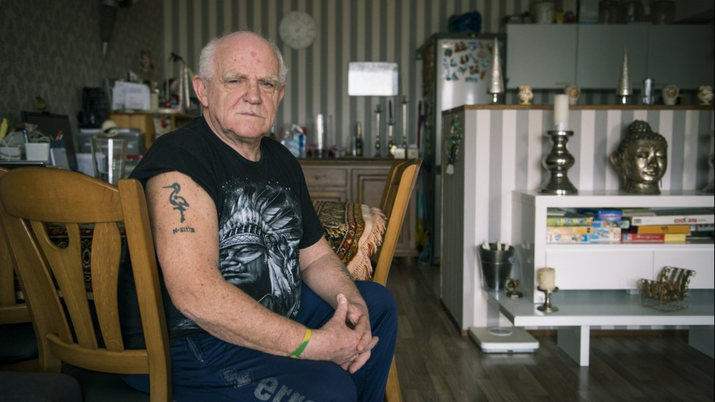 Dave Wolff (71) gaat binnenkort een nieuwe tatoeage op zijn rug laten zetten