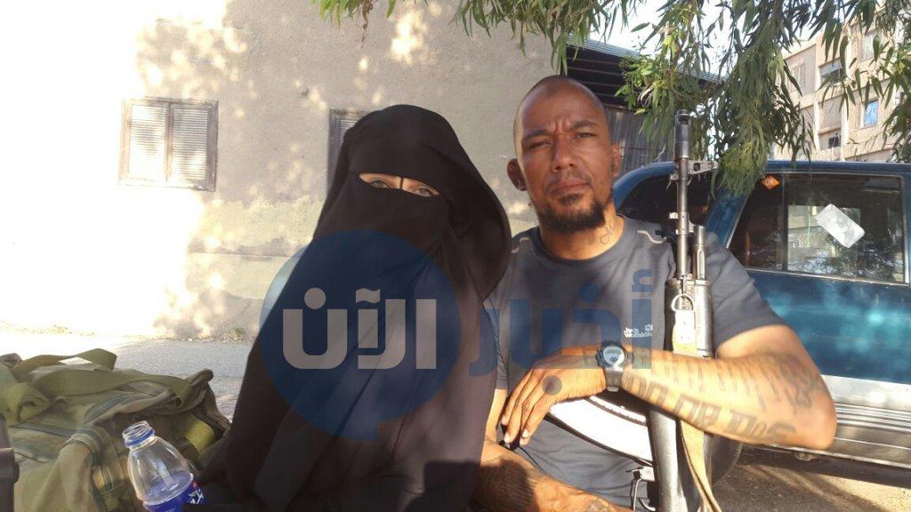 Abdi met een van haar twee omgekomen echtgenoten.