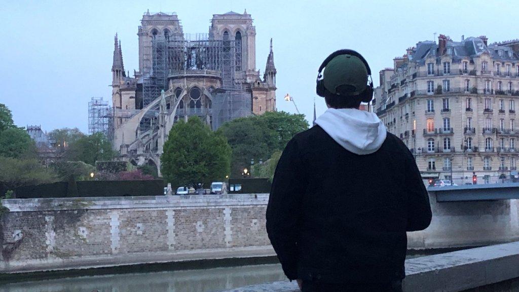 Beroemde Mensen In Parijs.Parijs Ontwaakt Zo Ziet De Notre Dame Er Nu Uit Rtl Nieuws