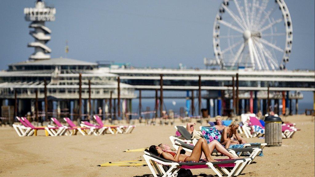 Veel mensen zullen dit weekend naar het strand gaan.