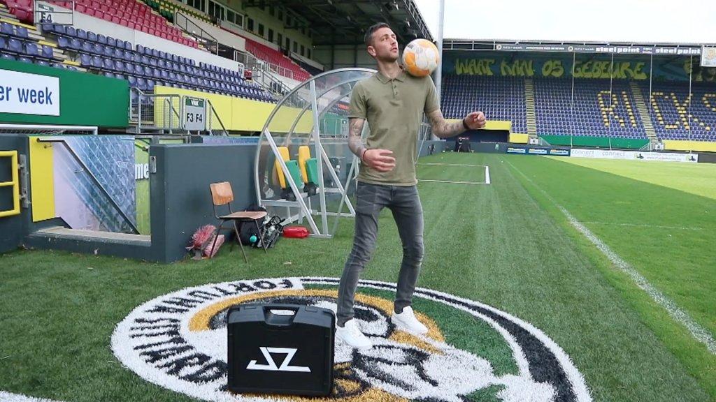 Van Messi tot Max: sportsterren gamen op Limburgse Playstation
