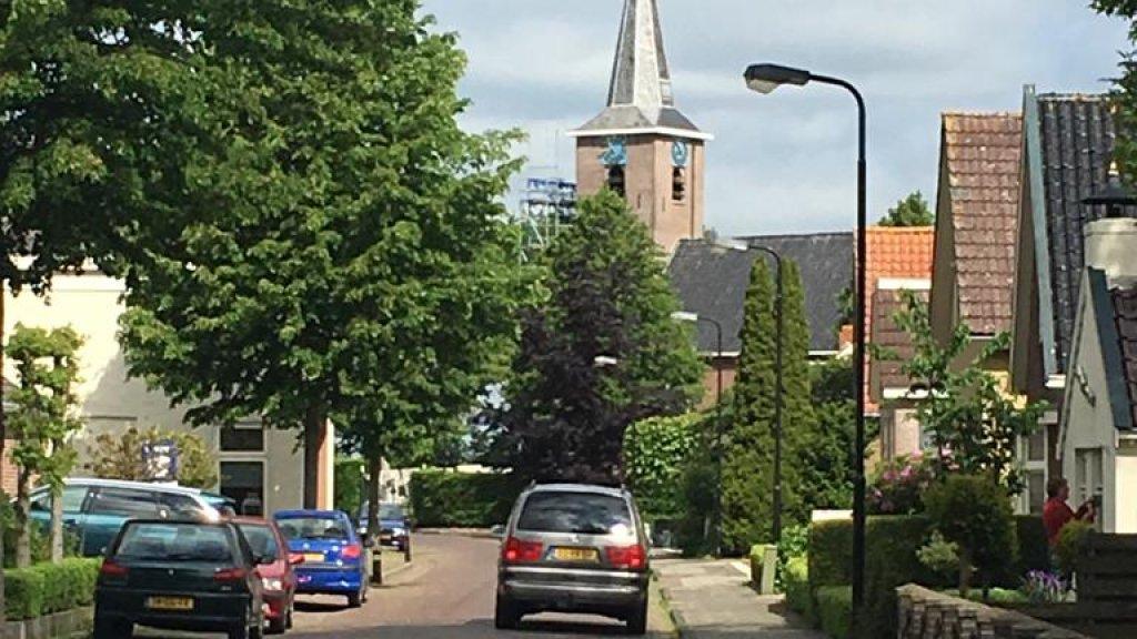 Het straatbeeld in Garijp. Het Friese dorp telt ruim 1500 inwoners.