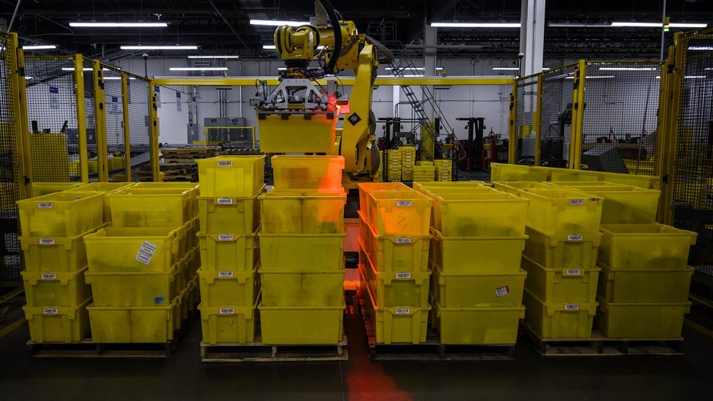 Bij Amazon werken 200.000 robots.