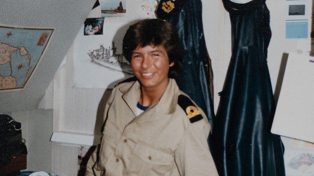 Jeanette Morang toen ze net in dienst was bij de Marine.