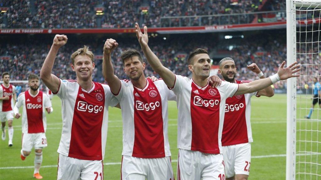 V.l.n.r: Frenkie de Jong, Klaas-Jan Huntelaar, Dusan Tadic en Hakim Ziyech