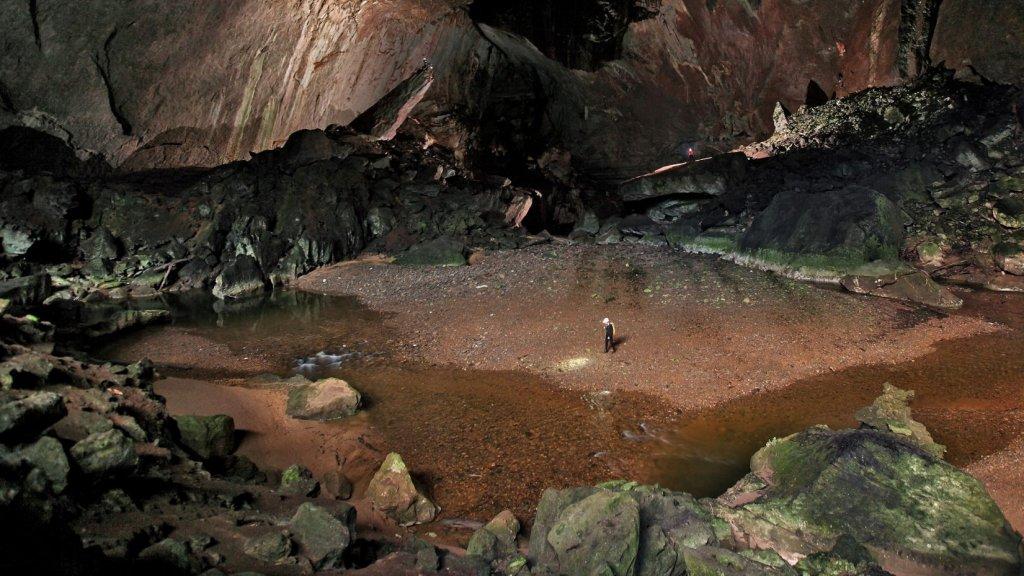 De Deer Cave.