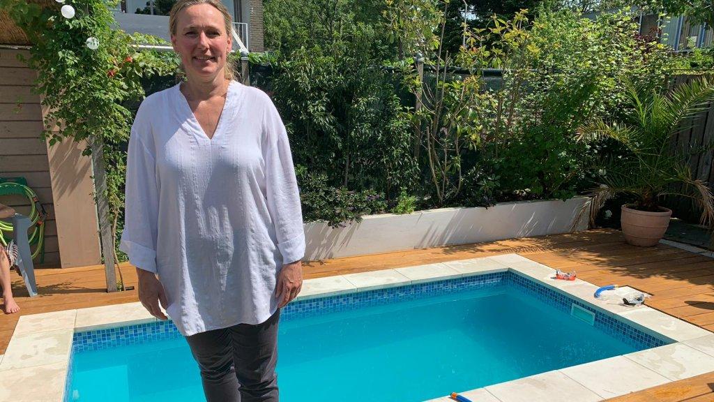 Zwembad In De Tuin.Verkoelende Plons In Eigen Tuin Prive Zwembad Enorm In