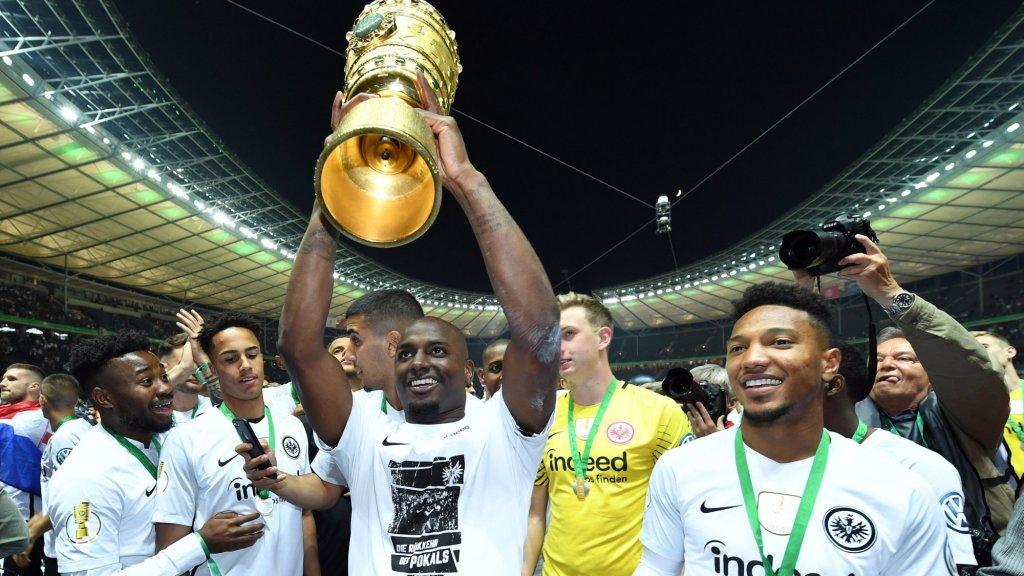 Willems won in het seizoen 2017/2018 met Eintracht Frankfurt deDFB-Pokal.
