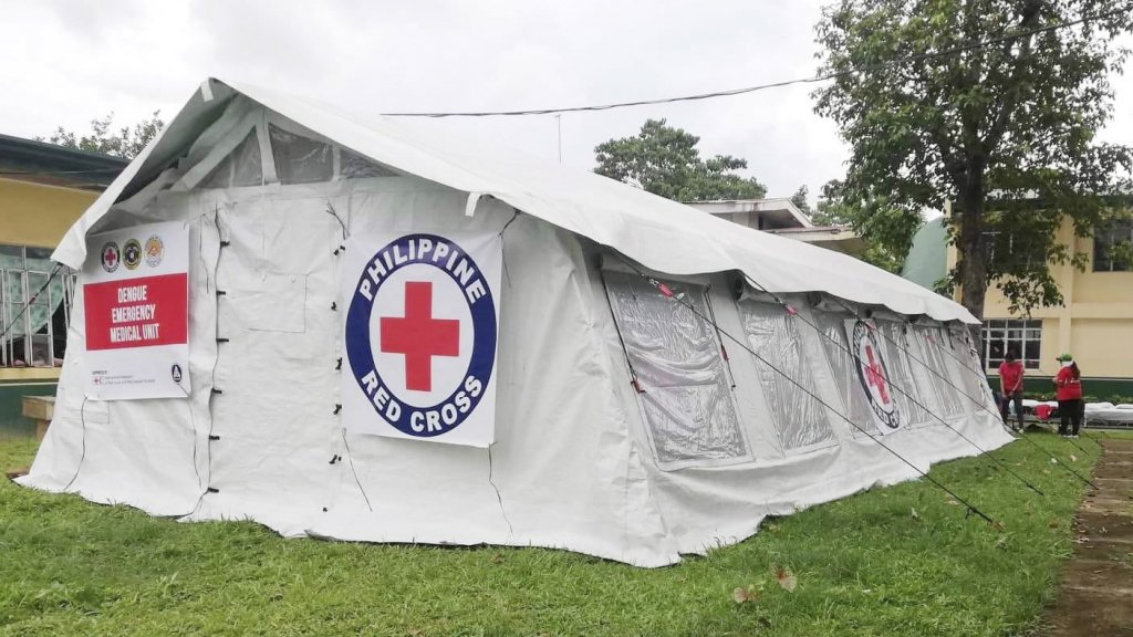 Een mobiele kliniek van het Rode Kruis in de Filipijnen.