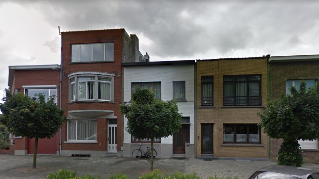 Van de middelste huizen is niets meer over.
