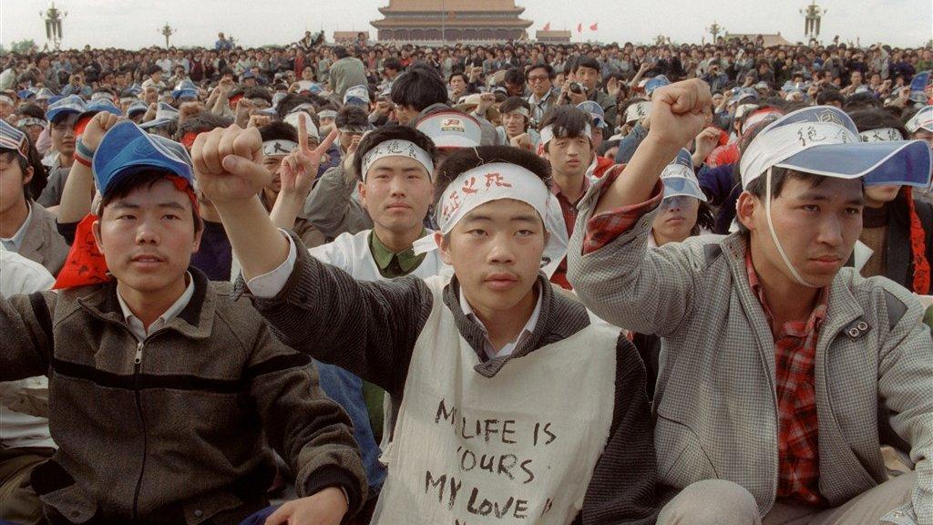 Studenten bezetten in 1989 het Plein van de Hemelse Vrede in Peking voor meer democratie.