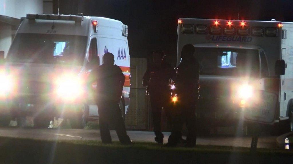 Zeven militairen zijn naar het ziekenhuis vervoerd.