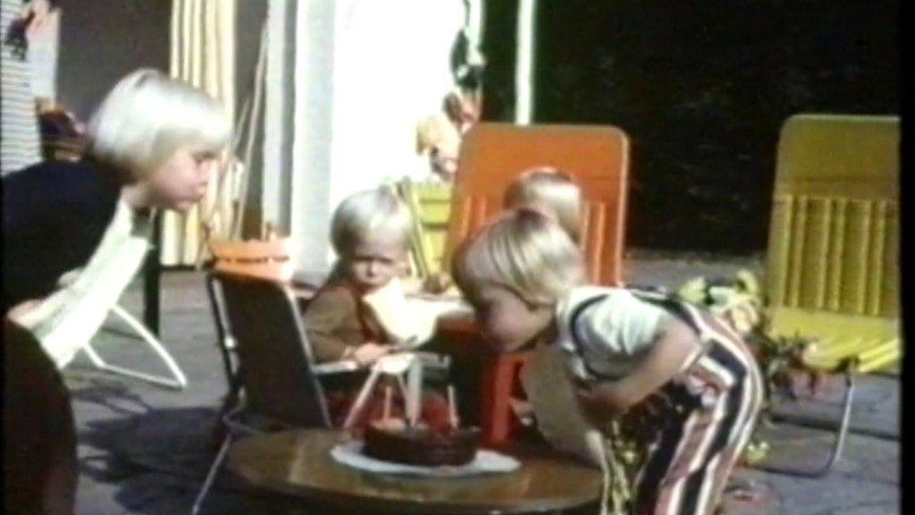 Prins Constantijn en zijn broers Willem-Alexander en Friso.