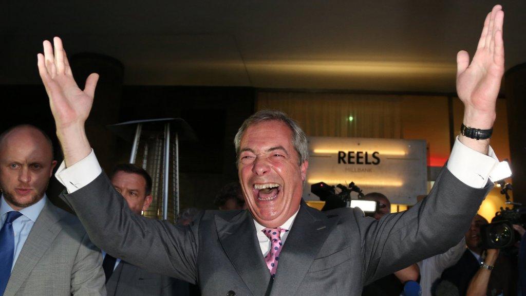 24 juni 2016. 'Independence day', zo moet de dag van het referendum gaan heten als het aan Nigel Farage ligt. De kleurrijke euroscepticus is misschien wel hét gezicht van de 'brexiteers'.