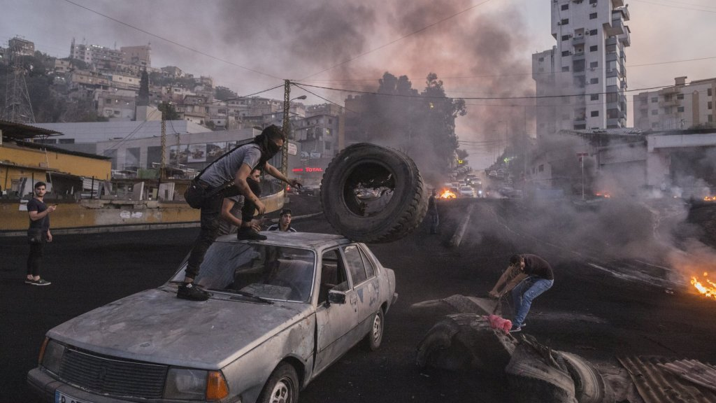 Demonstraties in Libanon door belasting op WhatsApp-bellen