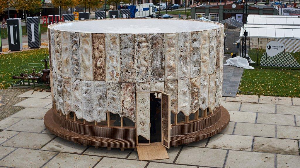 The Growing Paviljon, een woning gemaakt van mycelium.