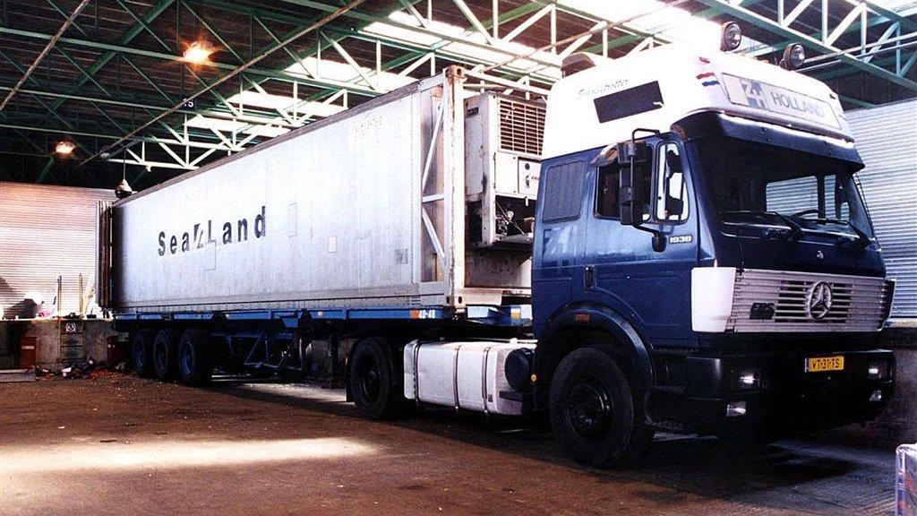 De vrachtwagen van de Nederlander Perry W. in Dover.