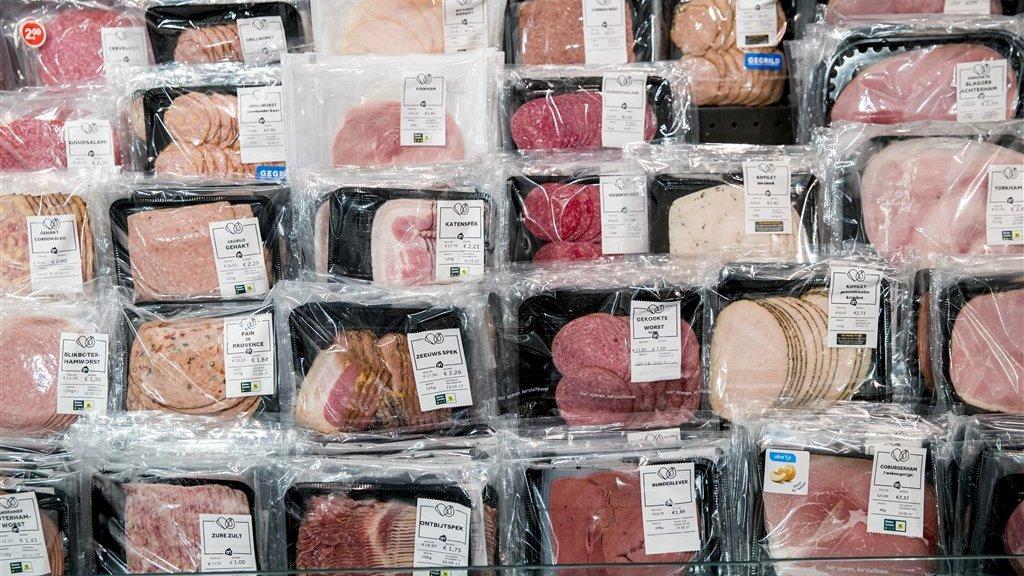 Vlees voor op brood in de supermarkt