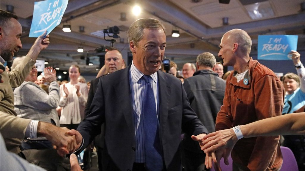 Nigel Farage wil in het hele land campagne gaan voeren.