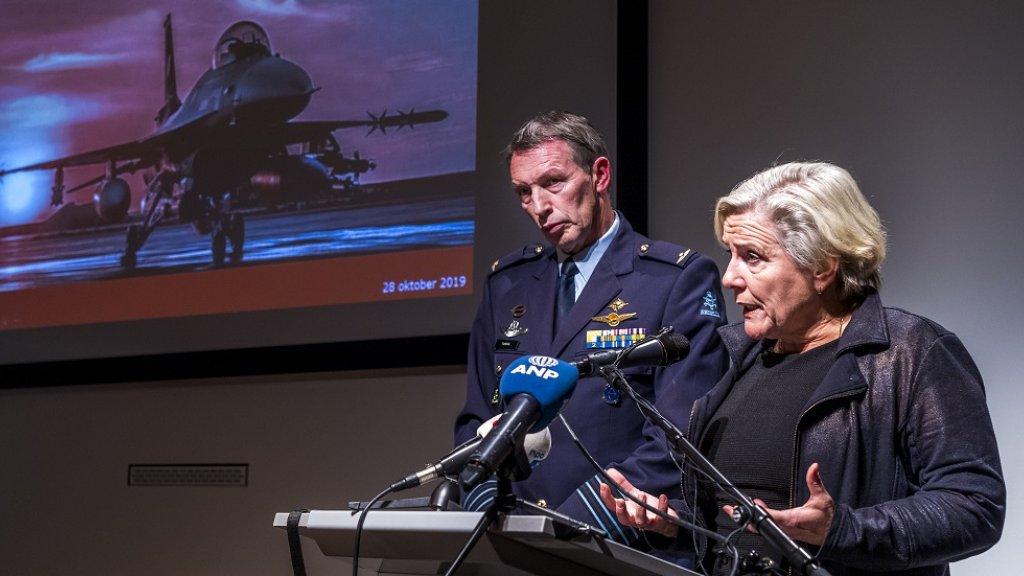 Minister Bijleveld erkent vandaag dat er veel doden zijn gevallen bij de aanval.