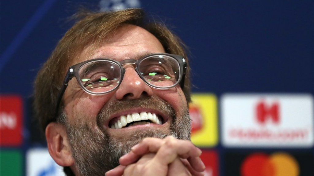 De parelwitte tanden van Jürgen Klopp.