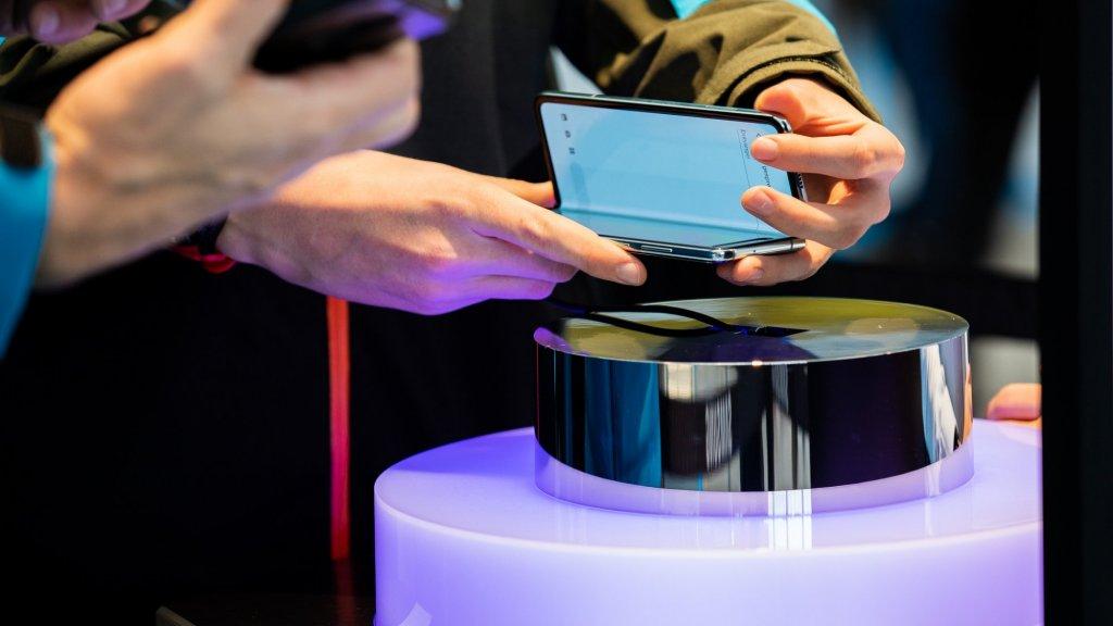 De opvouwbare telefoon Samsung Galaxy Fold