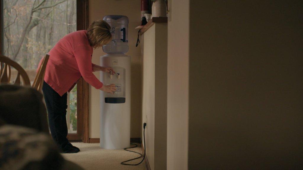 Sandy Wynn-Stelt drinkt alleen nog water uit een tank.