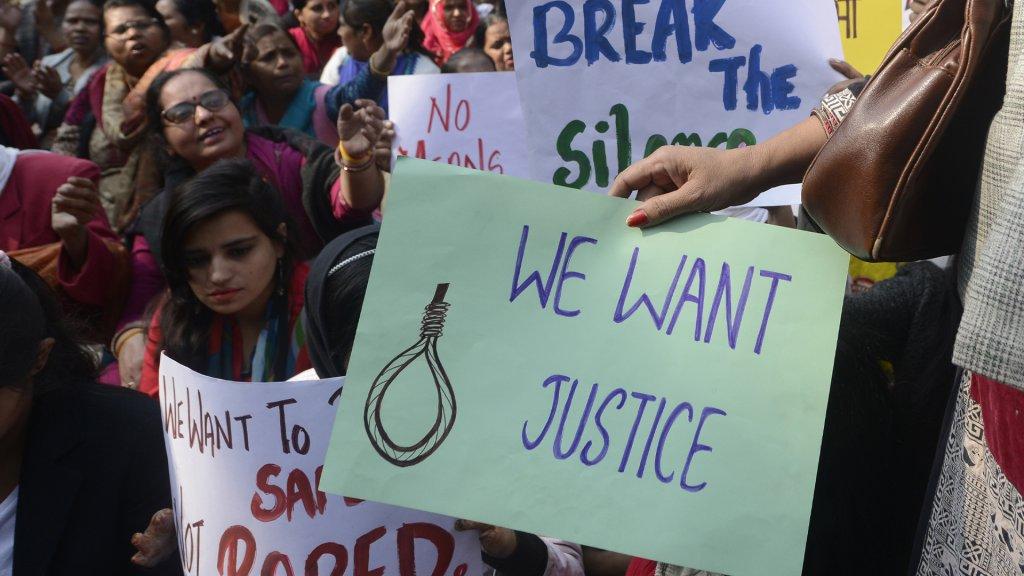 De groepsverkrachting in Hyderabad heeft tot woede en demonstraties geleid.