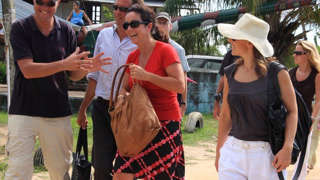 Mark Rutte (l),Alexander Pechtold,Femke Halsema en Marianne Thieme tijdens een reis in 2009